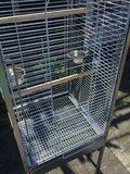 Mooie nieuwe papegaaienkooi met te openen bovenkant in 2 maten _
